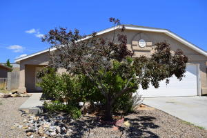 9025 Santa Catalina Avenue NW, Albuquerque, NM 87121