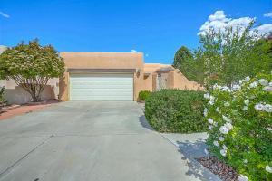 4107 New Vistas Court NW, Albuquerque, NM 87114