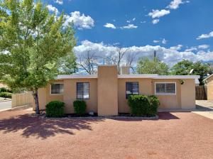 2401 Martha Street NE, Albuquerque, NM 87112