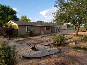 106 Square Deal Road, Belen, NM 87002