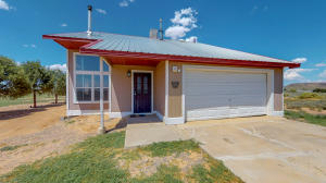 30 Corona Road, Los Lunas, NM 87031