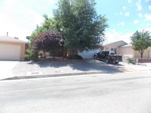 10920 Teal Road SW, Albuquerque, NM 87121
