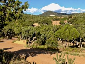 Property for sale at 86A Arroyo Hondo Road, Santa Fe,  New Mexico 87508