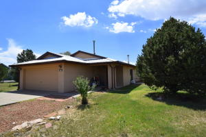 1 Grubstake Court, Moriarty, NM 87035