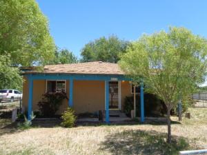 431 JARALES Road, Belen, NM 87002