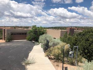 578 Via Arista, Santa Fe, NM 87506