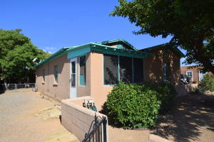 403 San Felipe Street NW, Albuquerque, NM 87104