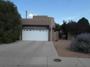 228 Sandoval Road SW, Los Lunas, NM 87031