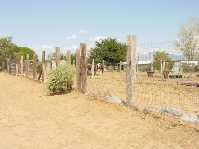Fence along the Front of the Home