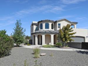 709 Monterrey Road NE, Rio Rancho, NM 87144