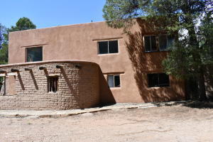 1008 San Diego Loop, Jemez Springs, NM 87025