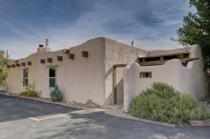 155 Placitas Road NW, 1, Albuquerque, NM 87107