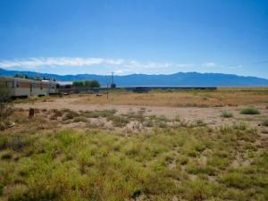 410 Meadow Lake Road, Los Lunas, NM 87031