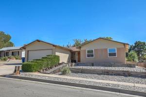 12916 Bryce Avenue NE, Albuquerque, NM 87112