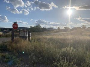 69 Joe Nestor Road, Edgewood, NM 87015