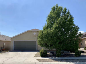 10435 Las Palmas Street NW, Albuquerque, NM 87114
