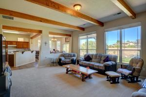 4725 26Th Avenue NE, Rio Rancho, NM 87144