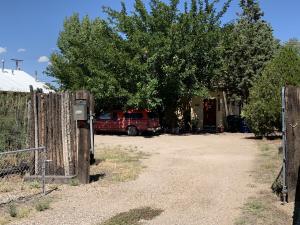 907 Iron Avenue SW, Albuquerque, NM 87102