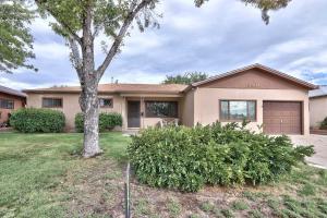 3504 Parsifal Street NE, Albuquerque, NM 87111