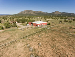 61 A Moonbeam Ranch Road, Edgewood, NM 87015