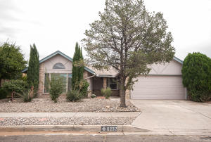 6232 Thicket Street NW, Albuquerque, NM 87120