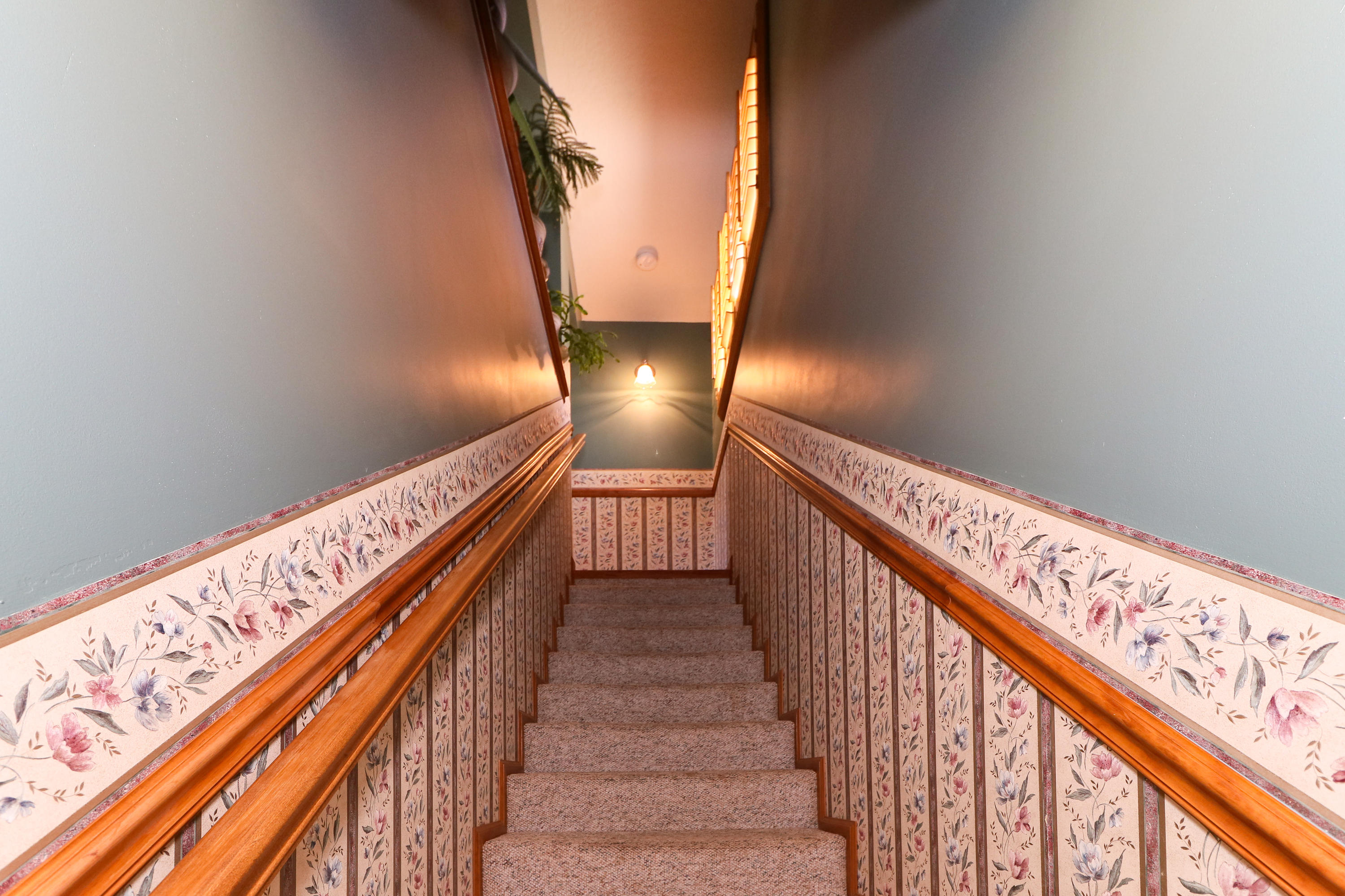 Stairs to Master Suite