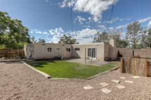 9413 PARSIFAL Place NE, Albuquerque, NM 87111