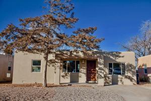 1431 RICHMOND Drive NE, Albuquerque, NM 87106