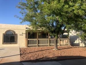 7323 Platero Place NW, Albuquerque, NM 87120