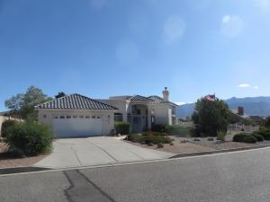 1800 Clearwater Loop NE, Rio Rancho, NM 87144