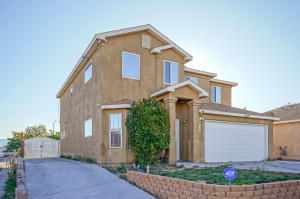 612 Cebolleta Court SW, Albuquerque, NM 87105