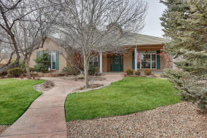 6401 POJOAQUE Drive NW, Albuquerque, NM 87120