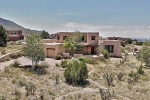 6105 BUFFALO GRASS Court NE, Albuquerque, NM 87111