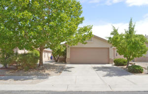 8504 Vista Chamisa Lane SW, Albuquerque, NM 87121