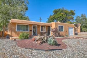 9727 Morrow Avenue NE, Albuquerque, NM 87112