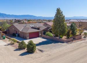 620 4TH Avenue NE, Rio Rancho, NM 87124