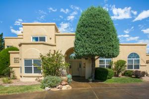 9296 HOLBROOK Street NE, Albuquerque, NM 87122
