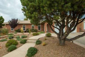 7417 LUELLA ANNE Drive NE, Albuquerque, NM 87109