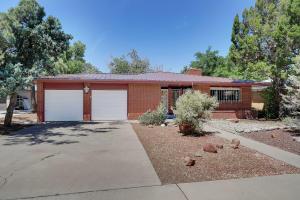 1309 ARIZONA Street NE, Albuquerque, NM 87110