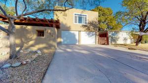 1916 Muriel Street NE, Albuquerque, NM 87112