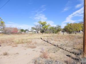 1619 SHADYSIDE DR. SW, Albuquerque, NM 87105