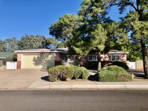 500 LA VETA Drive NE, Albuquerque, NM 87108