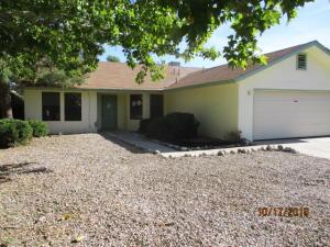 7104 TESUQUE Drive NW, Albuquerque, NM 87120