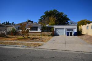 3201 PITT Street NE, Albuquerque, NM 87111