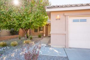 10719 Chaco Terrace Street NW, Albuquerque, NM 87114