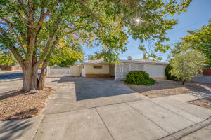 1732 MARY ELLEN Street NE, Albuquerque, NM 87112