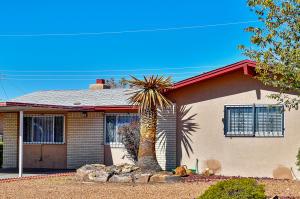 11637 Copper Avenue NE, Albuquerque, NM 87124