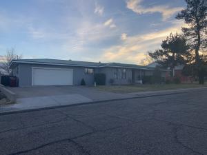 1513 W Reinken Avenue, Belen, NM 87002