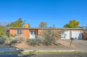 1914 CLEOPATRA Court NE, Albuquerque, NM 87112