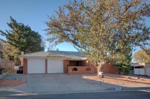 12520 APACHE Place NE, Albuquerque, NM 87112